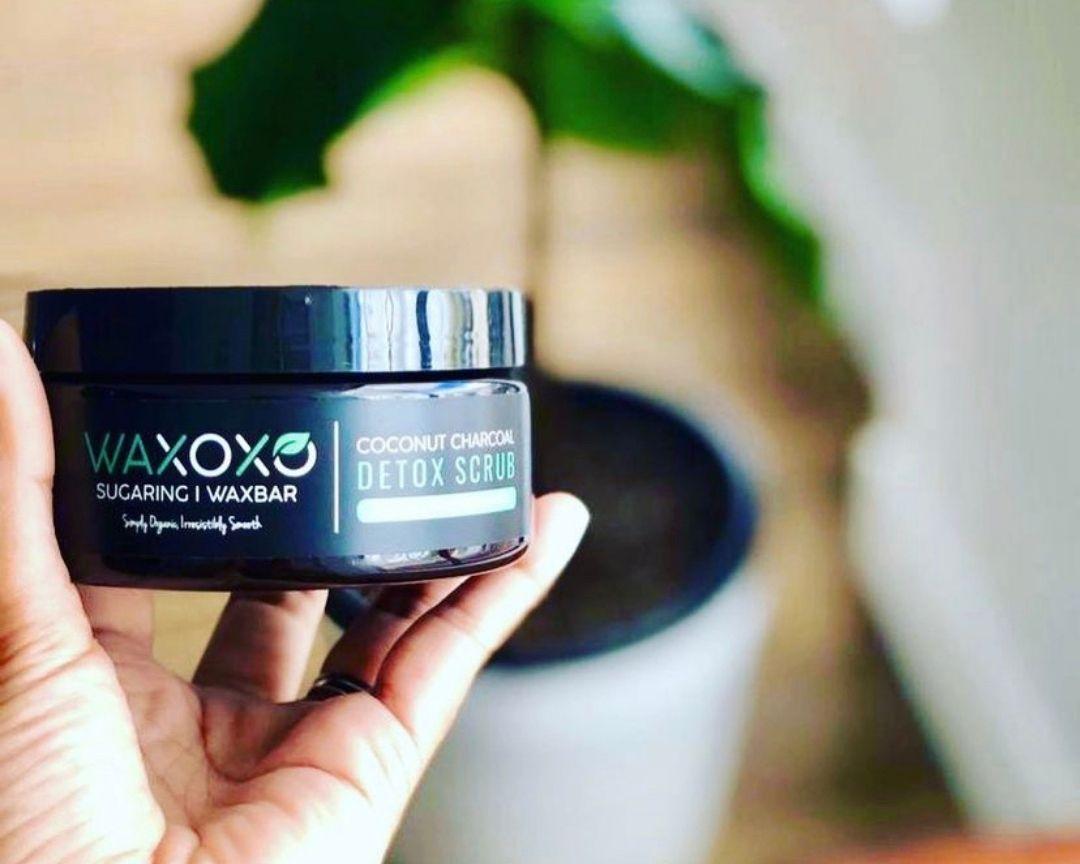WAXOXO Charcoal Detox Scrub